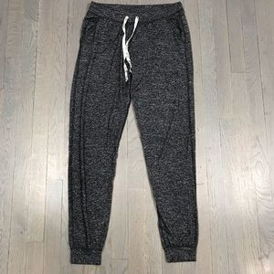 NWOT JUSTICE Girls Grey Marled Sweatpants Joggers
